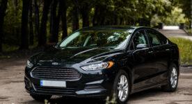 Ford Fusion капот