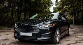 Ford Fusion черный